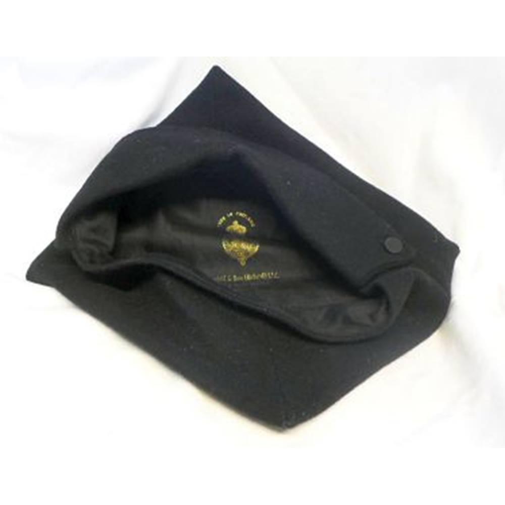 4738a3737ec Oxford University Soft Felt Women s Cap. Sold by Castell   Son (Oxford)  Ltd. Loading zoom