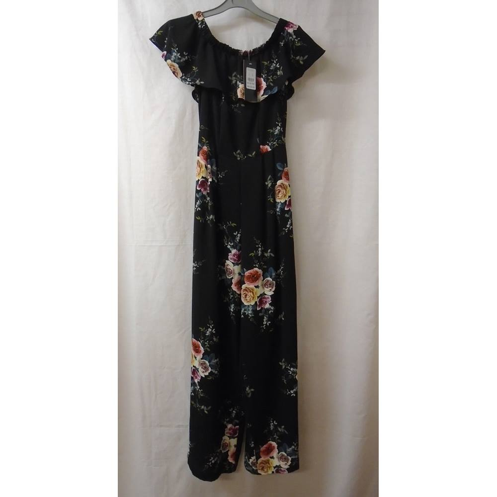 1b0eabf8ac BNWT New Look Cameo Rose - Size  8 - Black - Jumpsuit