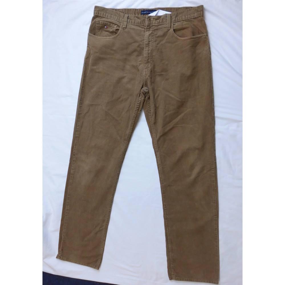 9416330bf129b Tommy Hilfiger Men's Corduroy Trouser Tommy Hilfiger - Size: 36