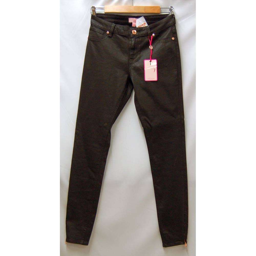 66db2b66e Ted Baker - Size  28