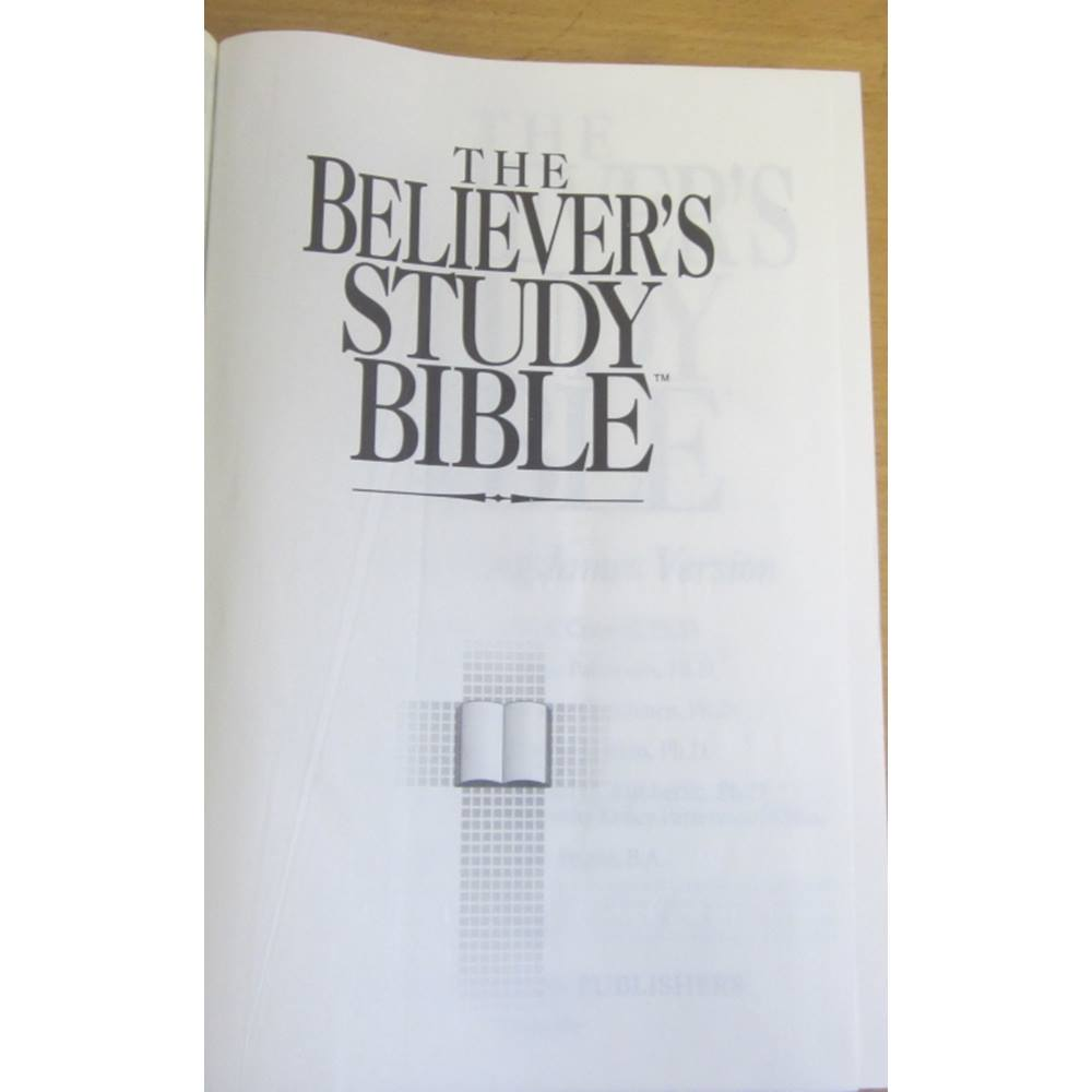 The Believer's Study Bible: New King James Version | Oxfam GB | Oxfam's  Online Shop