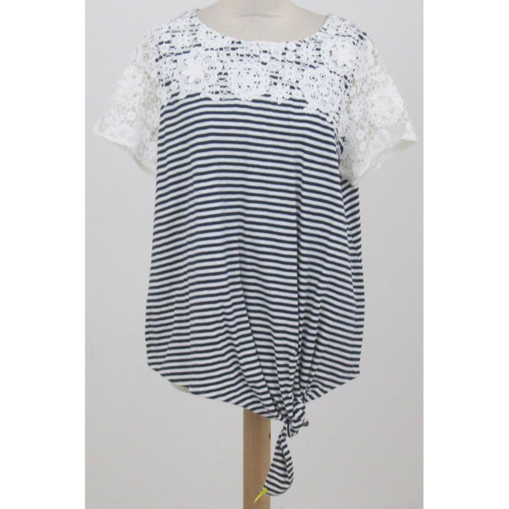 846b02f4016 NWOT M&S Collection Size 18 Navy Blue- and White-striped Lace-trimmed Top |  Oxfam GB | Oxfam's Online Shop