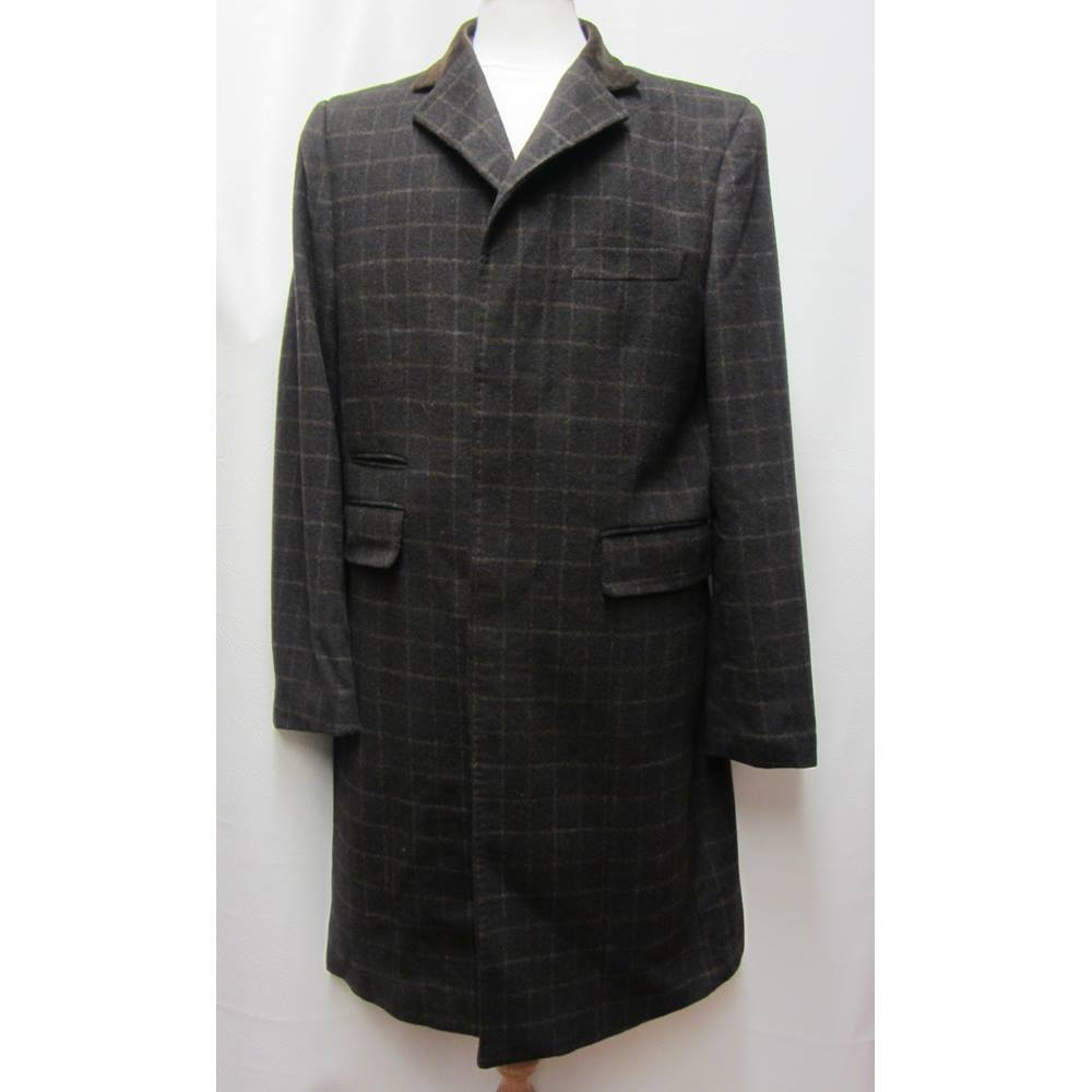5b362b5bac8 William Hunt Savile Row - Size: L 44inch - Brown check - Wool Overcoat |  Oxfam GB | Oxfam's Online Shop