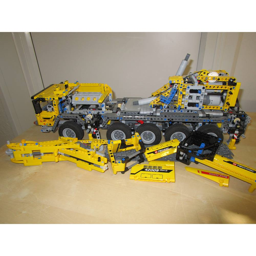 Lego Technic 42009 Mk2 Transporter Crane Oxfam Gb Oxfams
