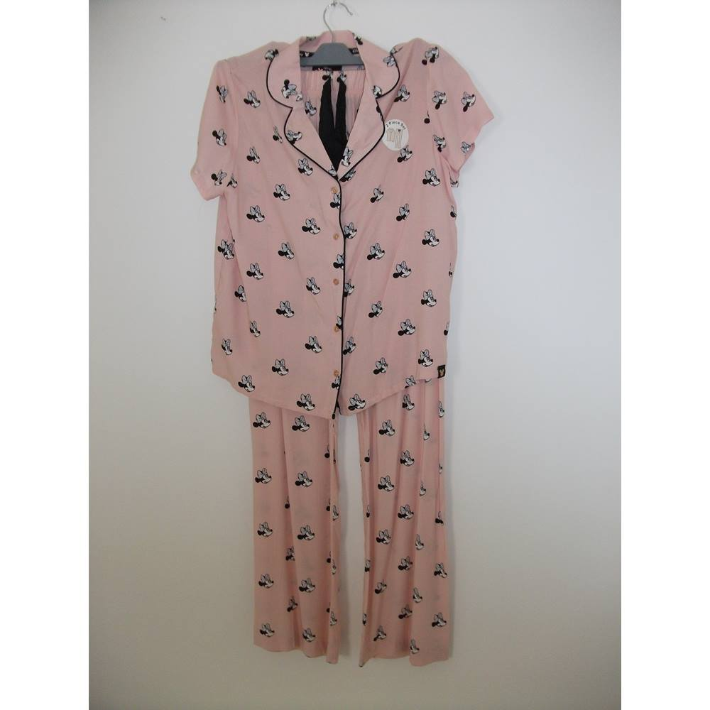 BNWT Love to Lounge - Disney - Ballerina pink Pyjamas with Minnie Mouse  Motif Size 10 636dca55787a
