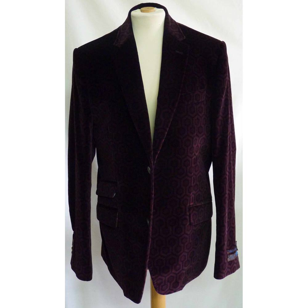 cba327155fc4 Iconic Ted Baker Mens Velvet Jacket - Kubrick The Shining Pattern - 40R. Loading  zoom. Rollover to zoom