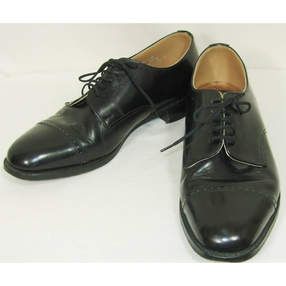 099a68a48545 Loake - size  7 - Black - Oxford Leather Shoes