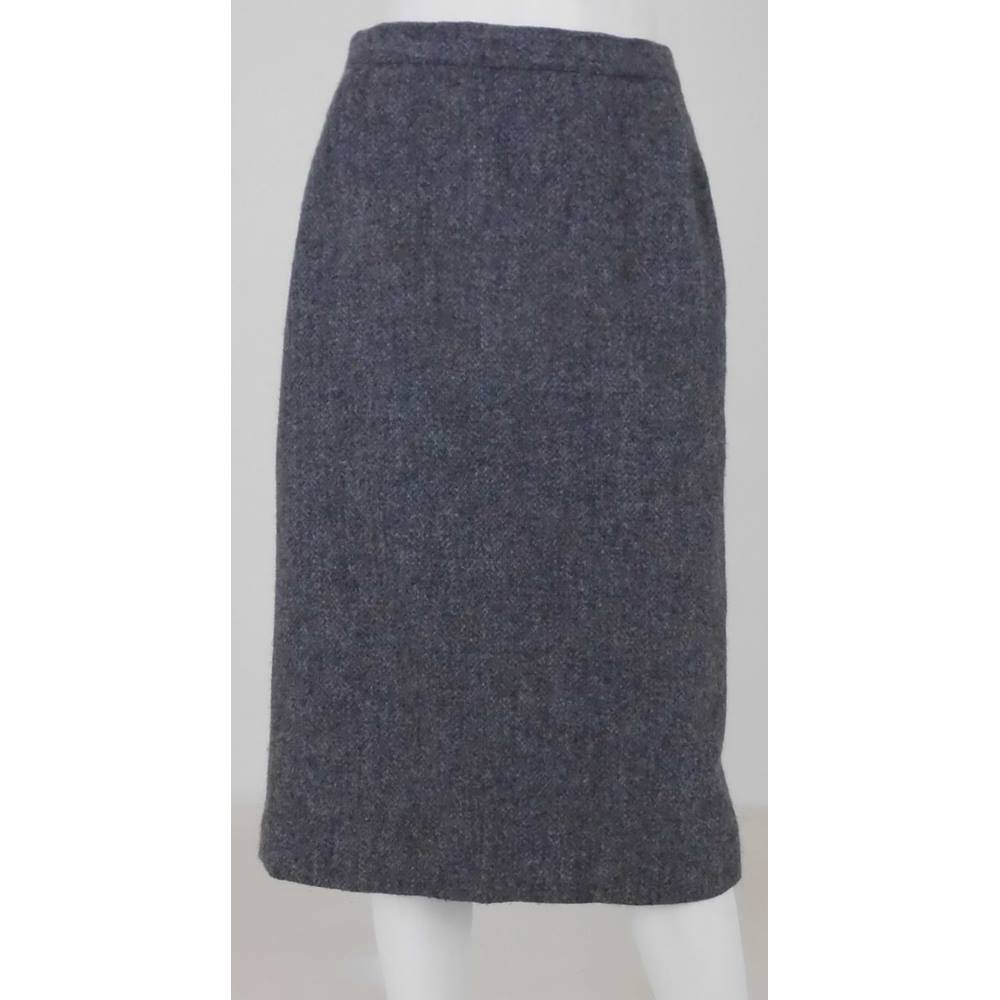 8c5112a68d Harris Tweed Size: 10 Grey Pencil skirt | Oxfam GB | Oxfam's Online ...