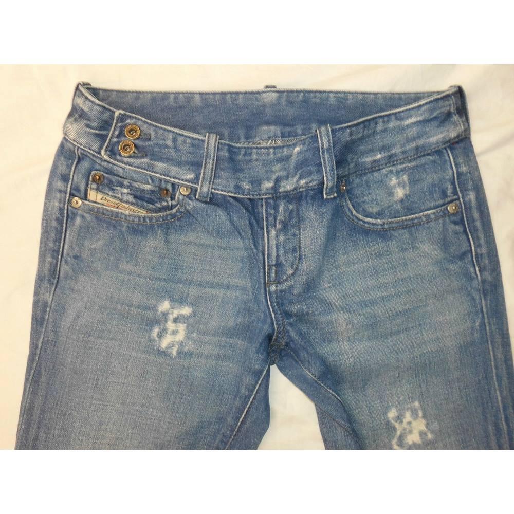 26f33ff3 Diesel Women's Jeans - Label Size 27 - Size: 30