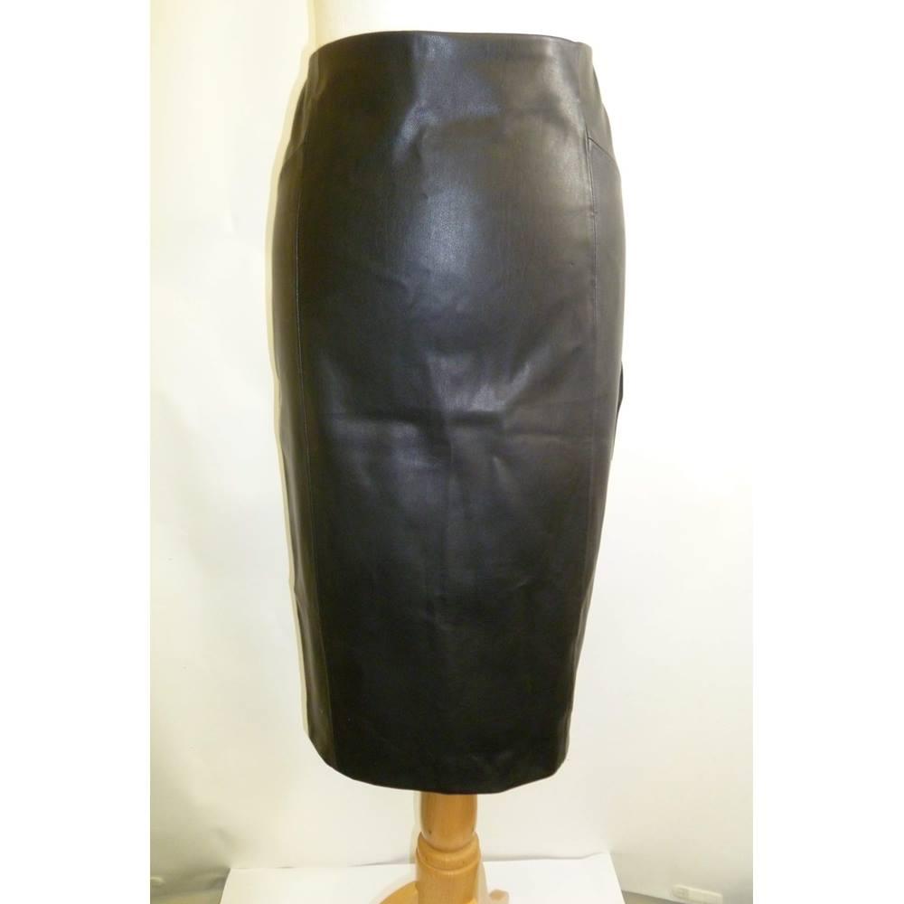 6da5101a54 Zara Faux Leather Skirt – DACC