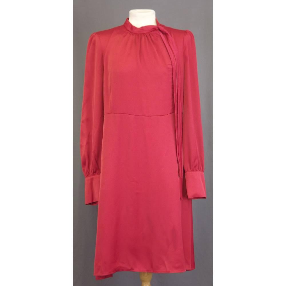 3bf2796e29b BNWOT M S Marks   Spencer - Size  18 - Red - Knee length dress. Loading zoom