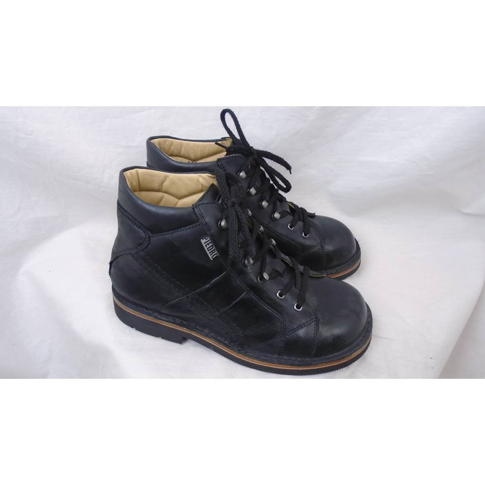 f2ea07e676 BLACK LEATHER PIEDRO ORTHOPAEDIC SUPPORT BOOTS JUNIOR SIZE 3 (36 EUR ...