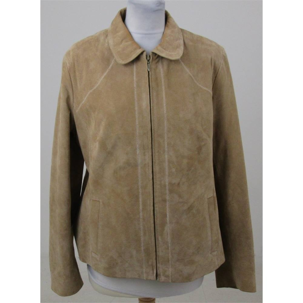 d4fbdc754744d ... Keynes A really beautiful soft suede jacket by WS Leather. Classically  designed and elegant a wonderful addition to your smart collection of items.