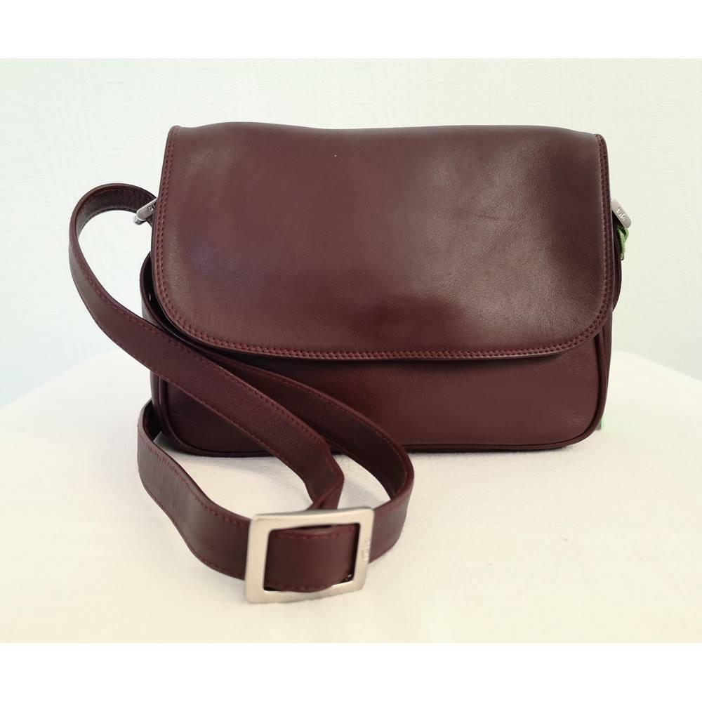 Tula - Burgundy Leather Hand Bag
