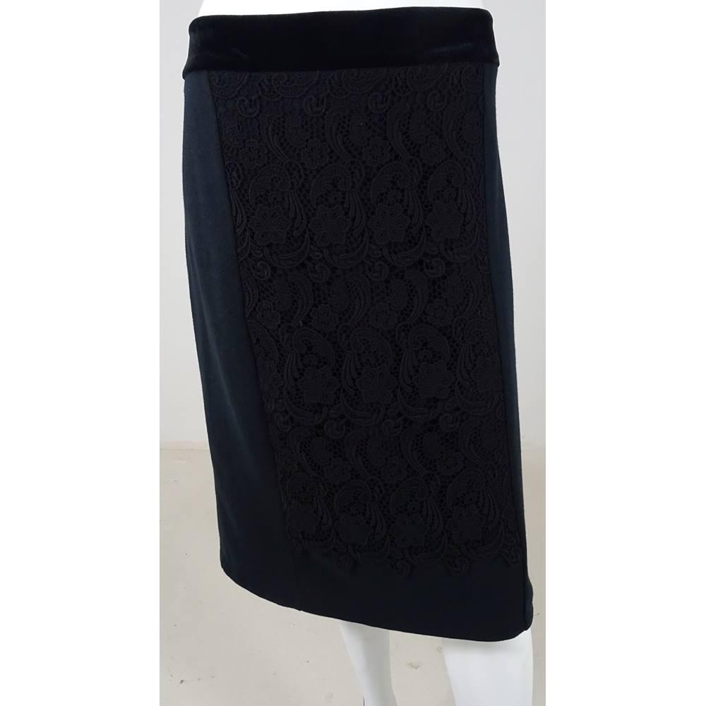 464a9e7908024 Oxfam Online Hub Batley PER UNA Black Lace Panel Pencil Skirt Size 18 Length  24