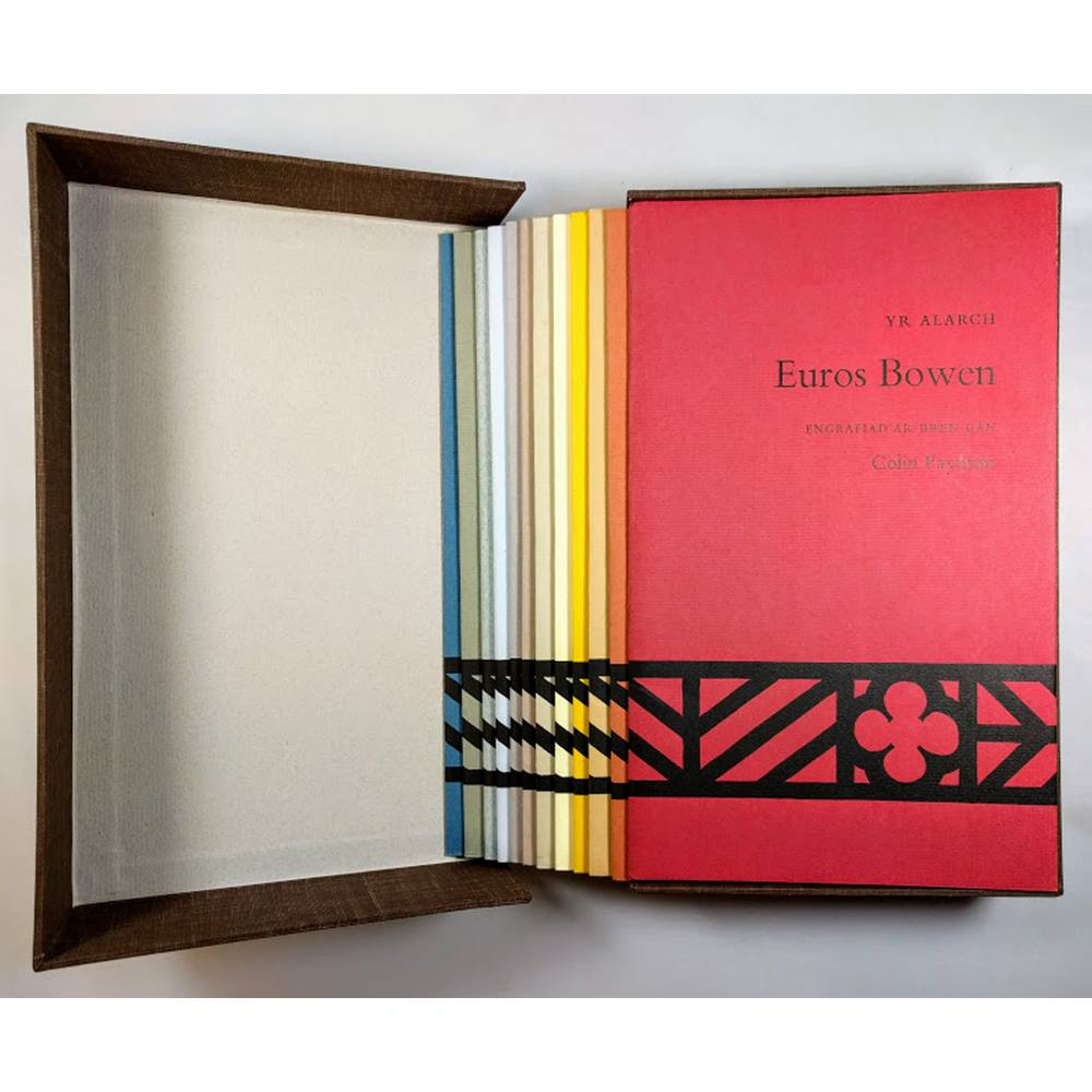 Beirdd Gregynog / Gregynog Poets - 12 chapbooks of Welsh poetry in bespoke  clamshell box [LIMTED, NUMBERED 66 of 400] | Oxfam GB | Oxfam's Online Shop
