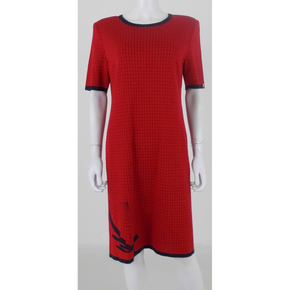 e549c491fce Roberta di Camerino Size  12 Red   Navy Check Knee Length Sweater Dress.  Loading zoom