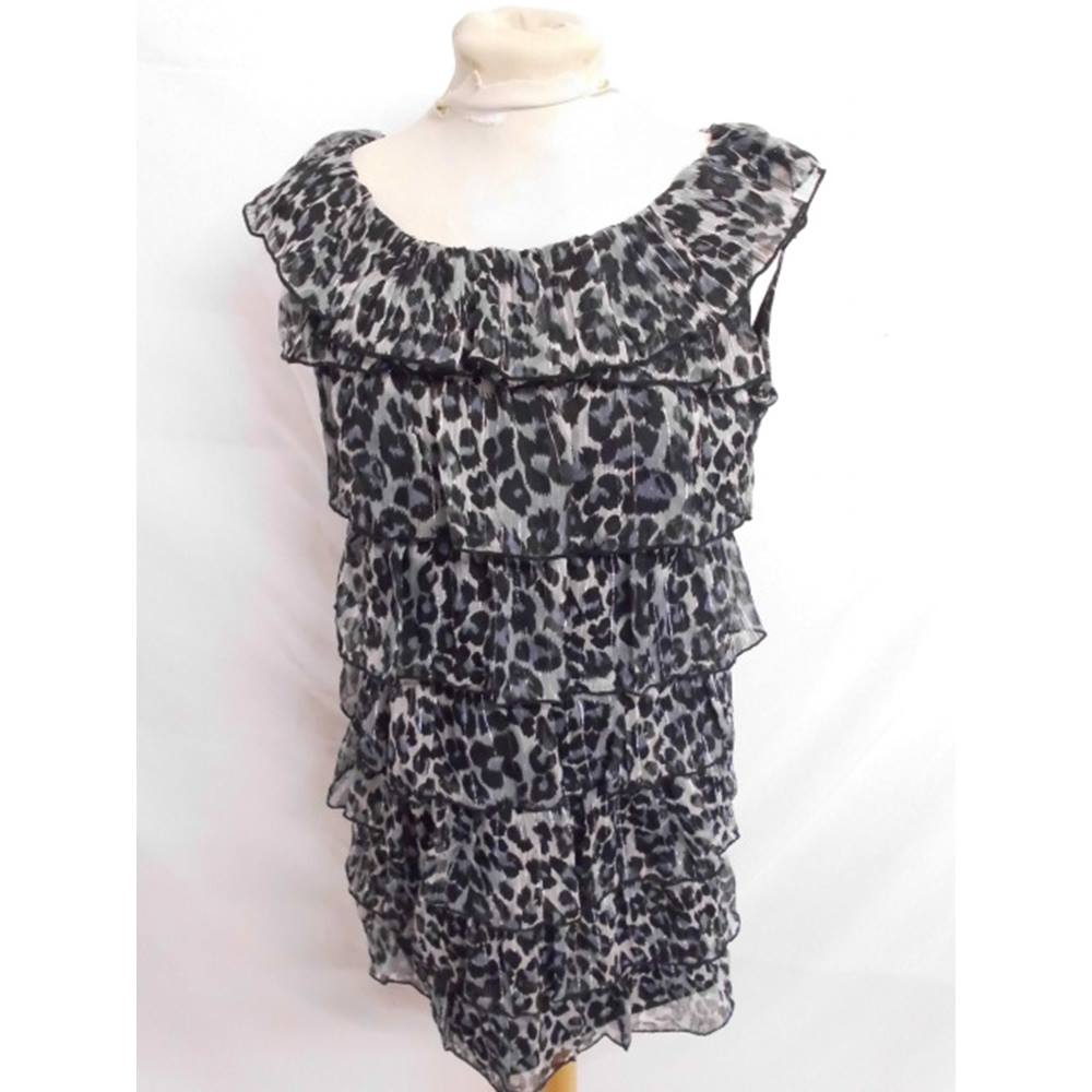 256dc2afb6 Animal Print Dress by Mela Loves London. Size 12. Mela Loves London. -  Size  12 - Grey - Short
