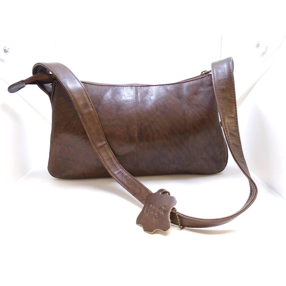 053e88b04714 Gigi - Brown Leather Shoulder Bag. Loading zoom