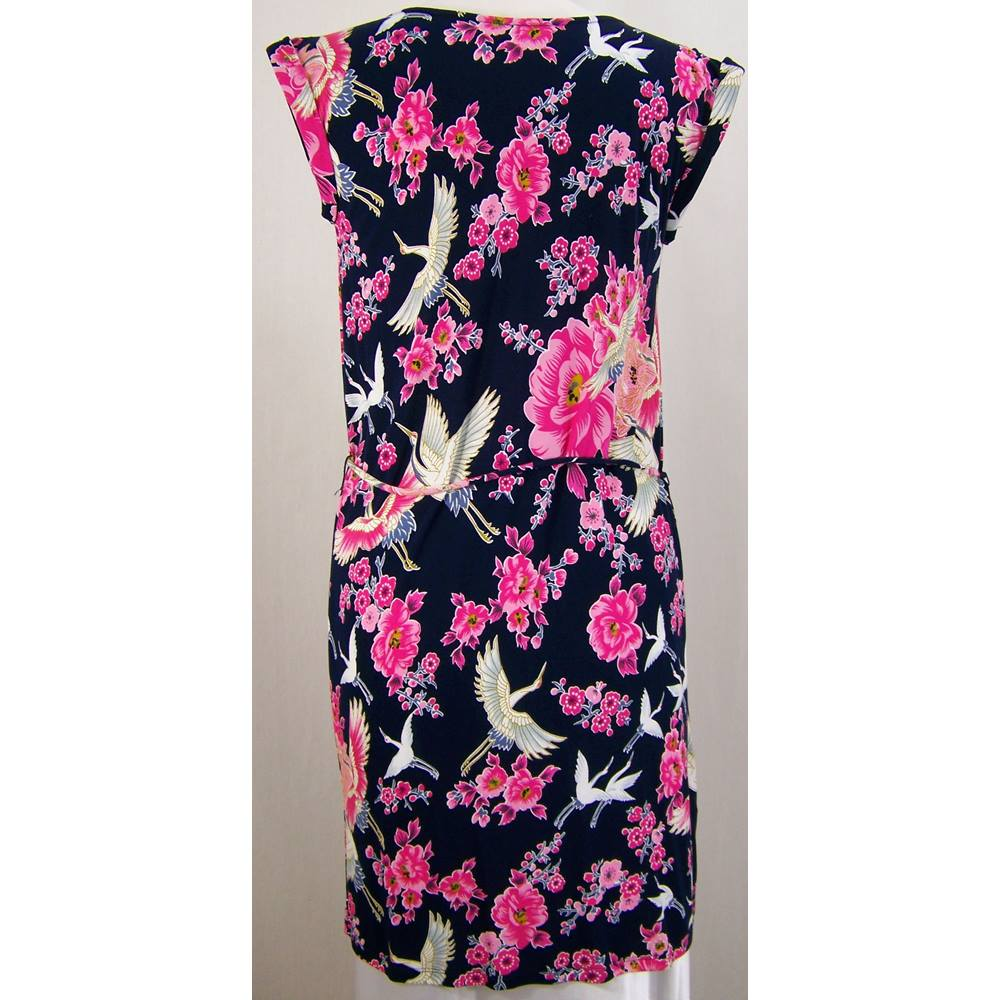 3ead9b80f108 Oxfam Bookshop Lymington Oasis brand new with tags short dress size XS, bird  and flower pattern on a navy blue background. The sleeveless shift style  dress ...