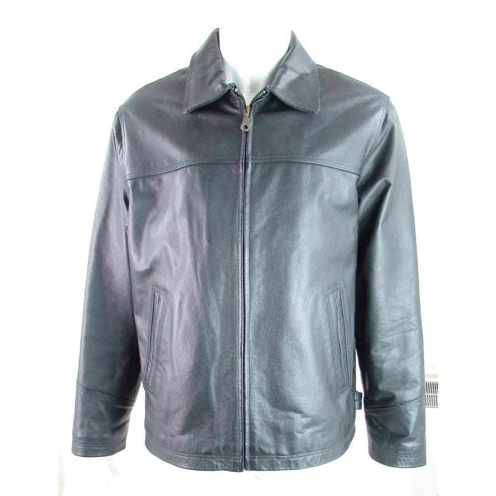 e87847f9dd047 ... (L) - Black - 100% Leather jacket Here we have a nice leather jacket  with a zip fastening. The jacket has two front pockets and three inside  pockets.