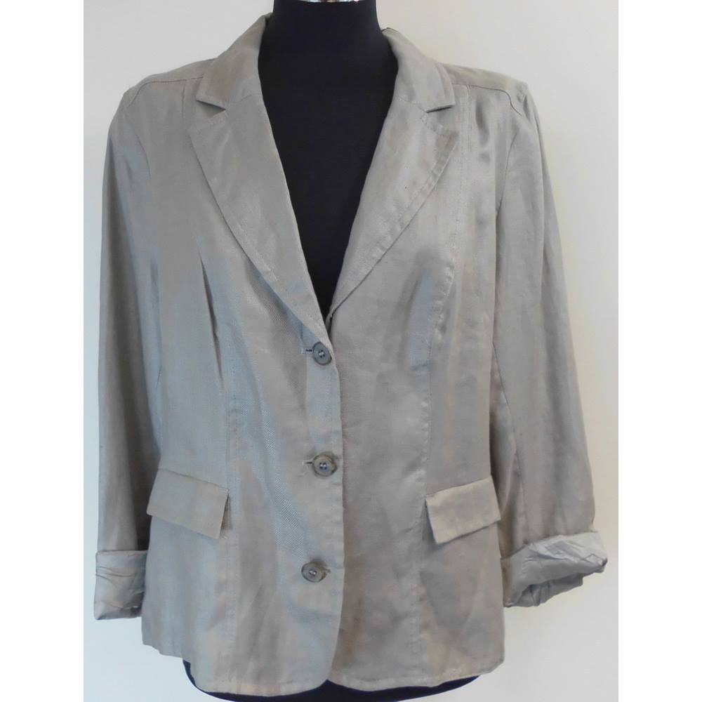 Preview of the first image of Pret New Smart Casual Linen Jacket Taupe/Silver Size: M.