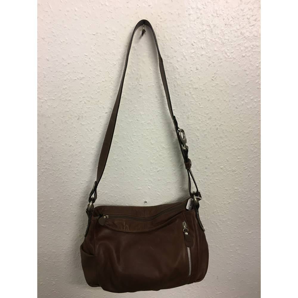 35761bf1df Gianni Conti Leather Shoulder Bag | Oxfam GB | Oxfam's Online Shop