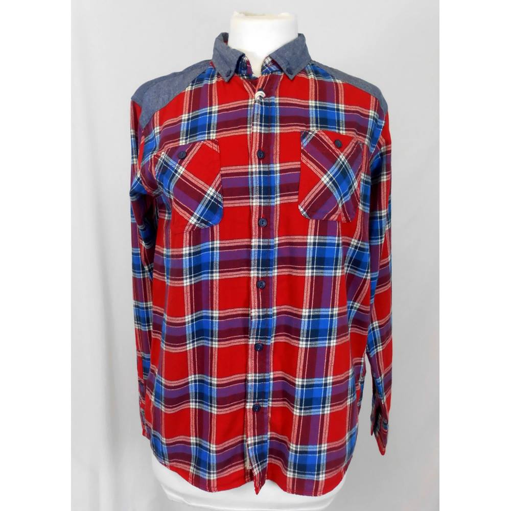 2cbbe8085 Silver Eight - Size: 14 Years - Red, white and blue check - Long. Loading  zoom