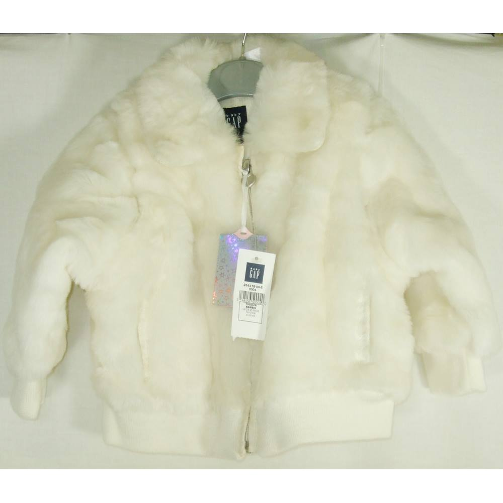 736395e1d53fa BNWT Baby Gap 12 - 18 mths White Faux Fur Jacket | Oxfam GB ...