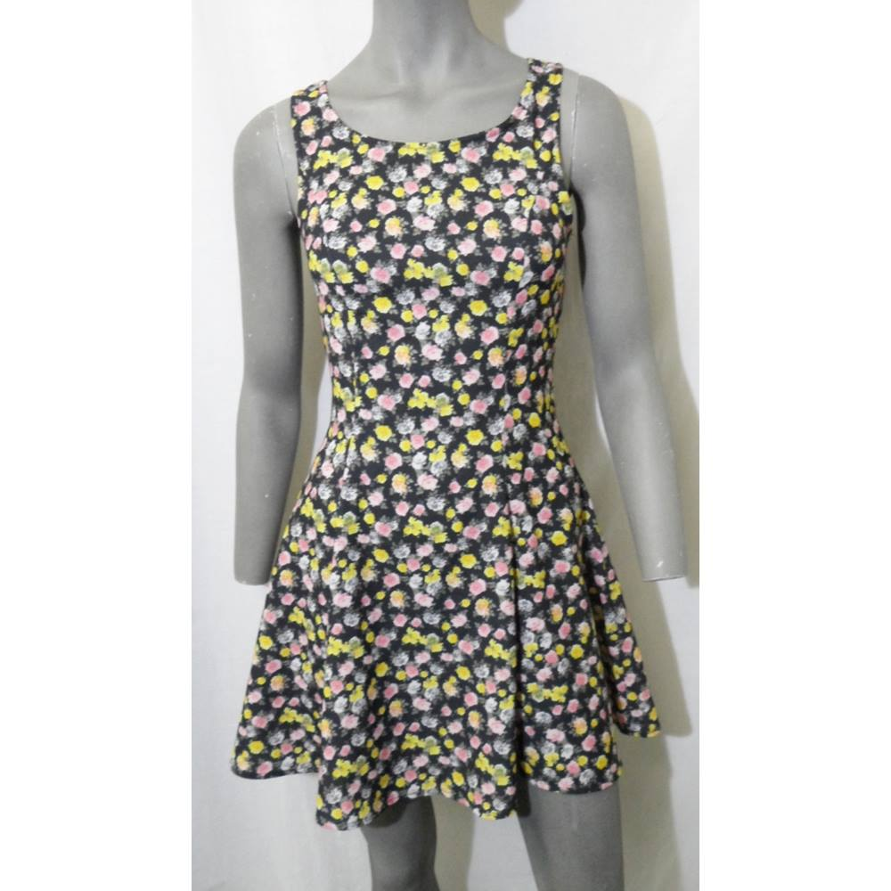 687c22175d8 H&M Divided - Size: 10 - Black, Yellow and Pink Floral - Mini dress   Oxfam  GB   Oxfam's Online Shop