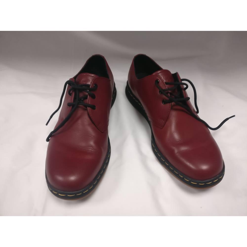 5881addf18 Dr Martens Lite Cavendish 21859600 Cherry Red Temperley Shoes Dr Martens -  Size: 10 -