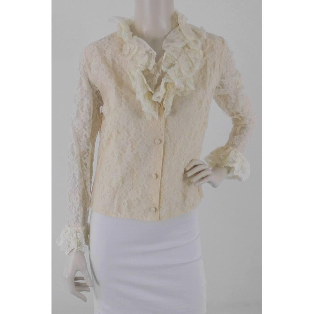 bd1923c0 Vintage 1980's Unbranded Size: M Cream New Romantics Lace Blouse. Loading  zoom