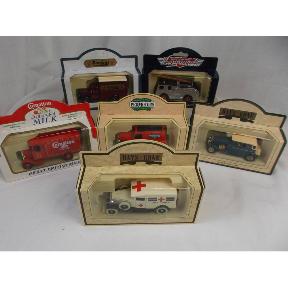 Collection of 6 Die Cast Vintage Vehicles For Sale in Huddersfield, London  | Preloved
