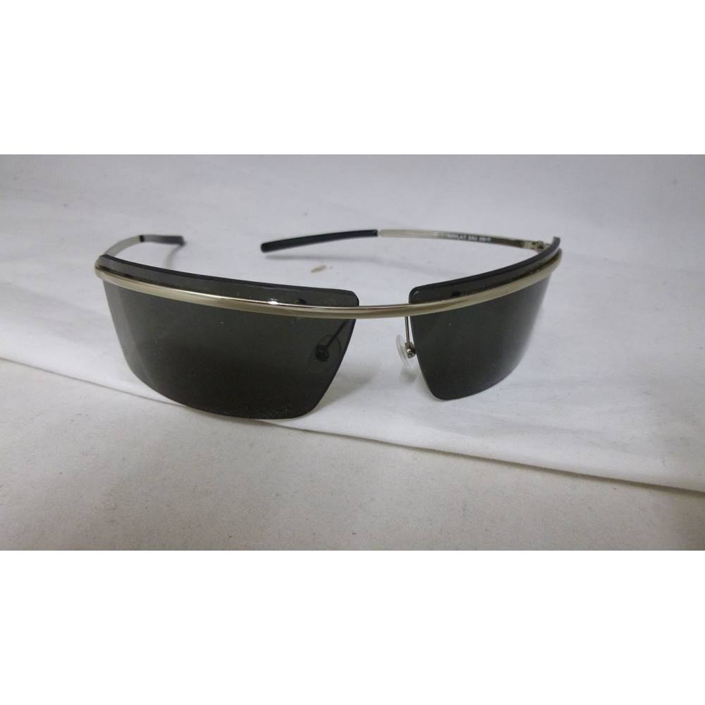 50e85c860ee8 Safilo metal framed sunglasses with opaque plastic case Sports glasses