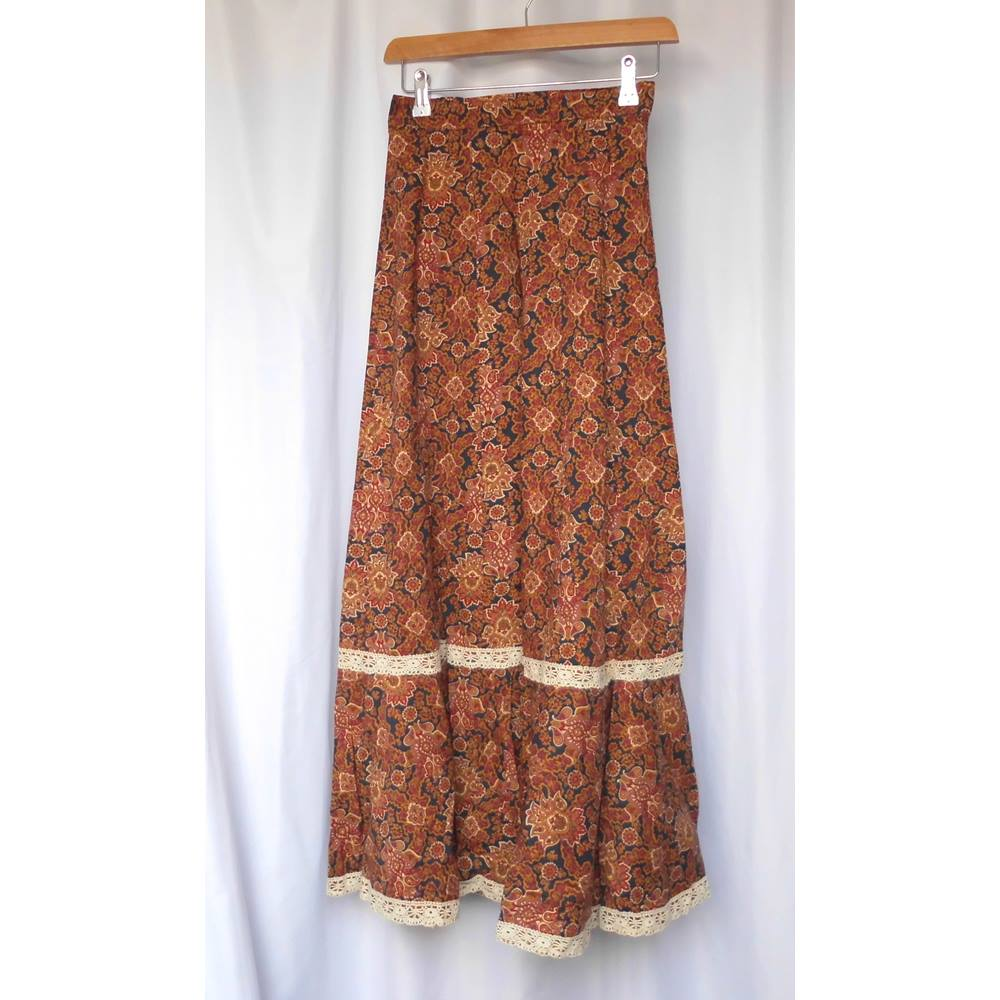 9e3e741733cd Vintage 1960s 1970s boho gypsy cotton maxi skirt Jake of London XS 25