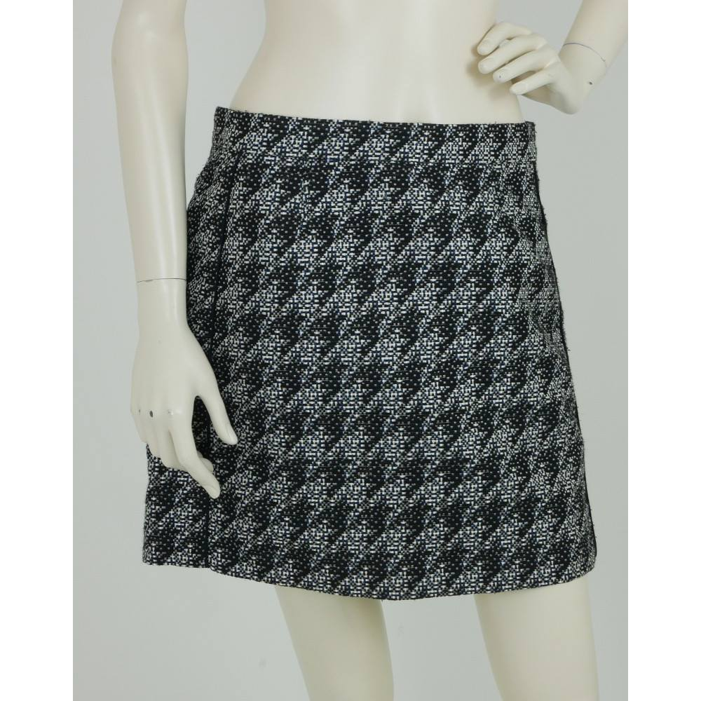 4ca359a5a Marc Jacobs Size: 8 Black, White & Blue Mini Skirt with Silk Trims For ...