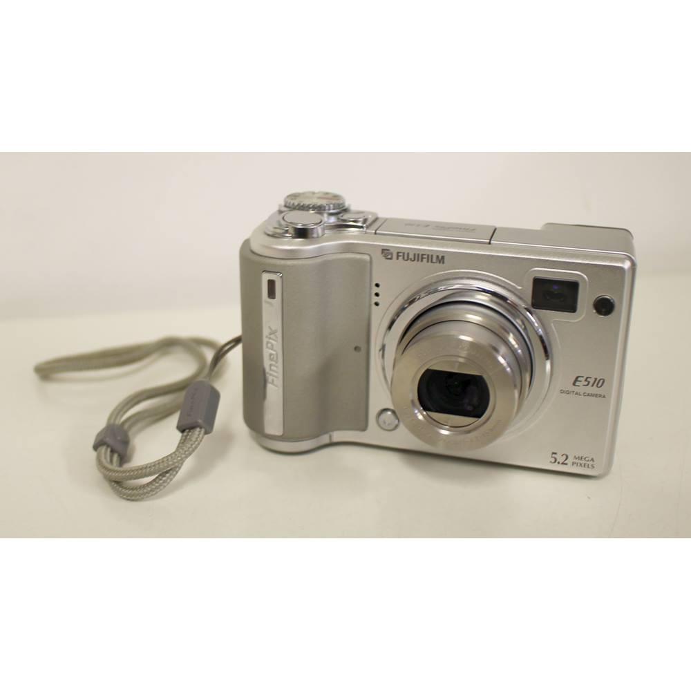Fujifilm Finepix E Series E510 5.2MP Digital Camera Silver for sale  Pocklington