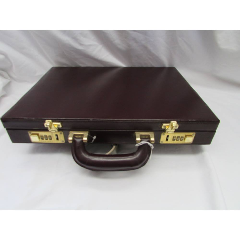 67a15ab825fe Firenze Burgundy Red Leather Briefcase   Oxfam GB   Oxfam's Online Shop