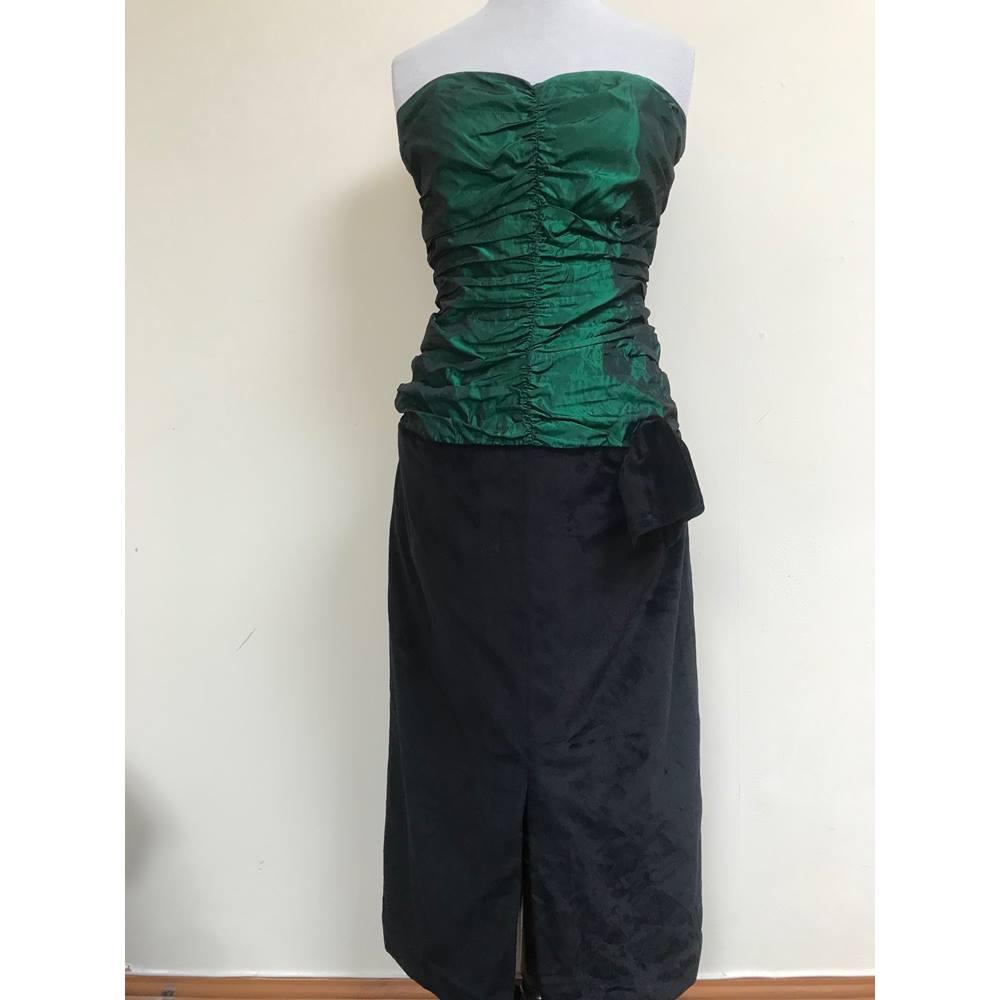 Vintage emerald ruched dress Size: 14 - Green