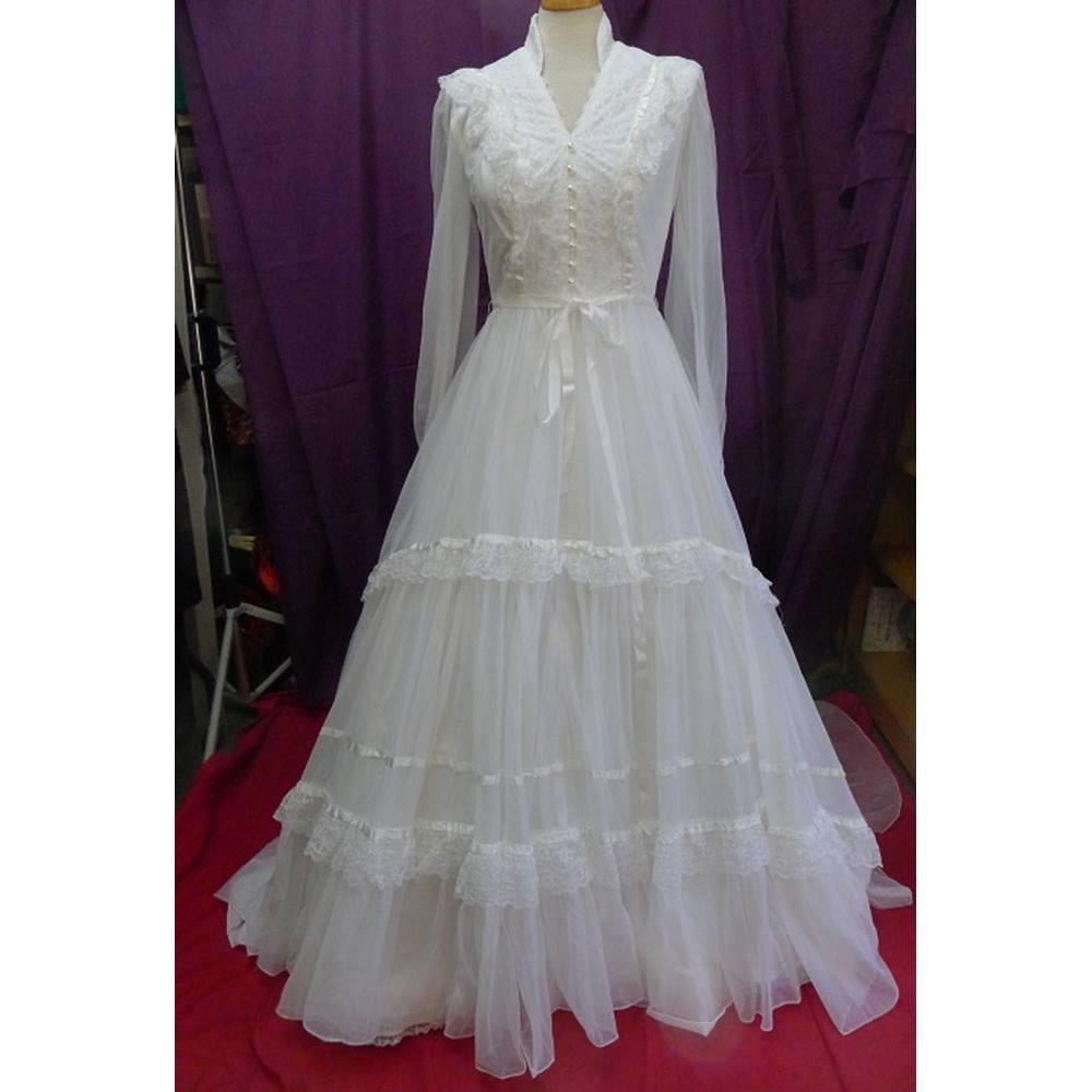Vintage Wedding Dress Size 8: Vintage Pronuptia Wedding Dress With Veil And Underskirt