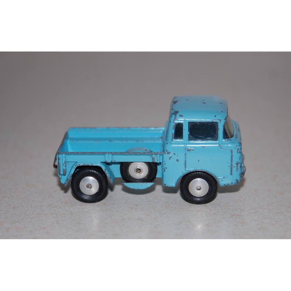 Preview of the first image of Corgi JEEP FC-150 No 409.