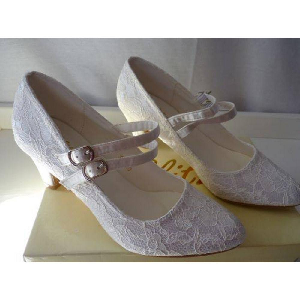 Vintage Wedding Dresses West Midlands: Wedding Dresses & Accessories