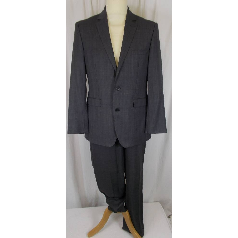 Preview of the first image of Cerruti 1881 2 Piece Suit Grey Size: M.