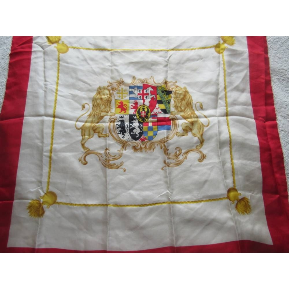 Preview of the first image of Seta Pura square scarf with Sardinian coat of arms..