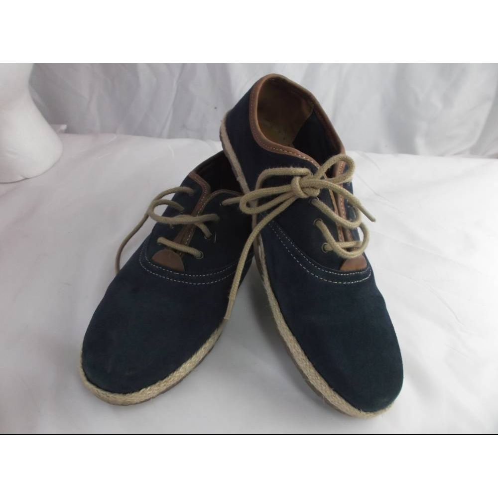 Preview of the first image of Chatham Lace Up Deck Shoe Navy Size: 8.