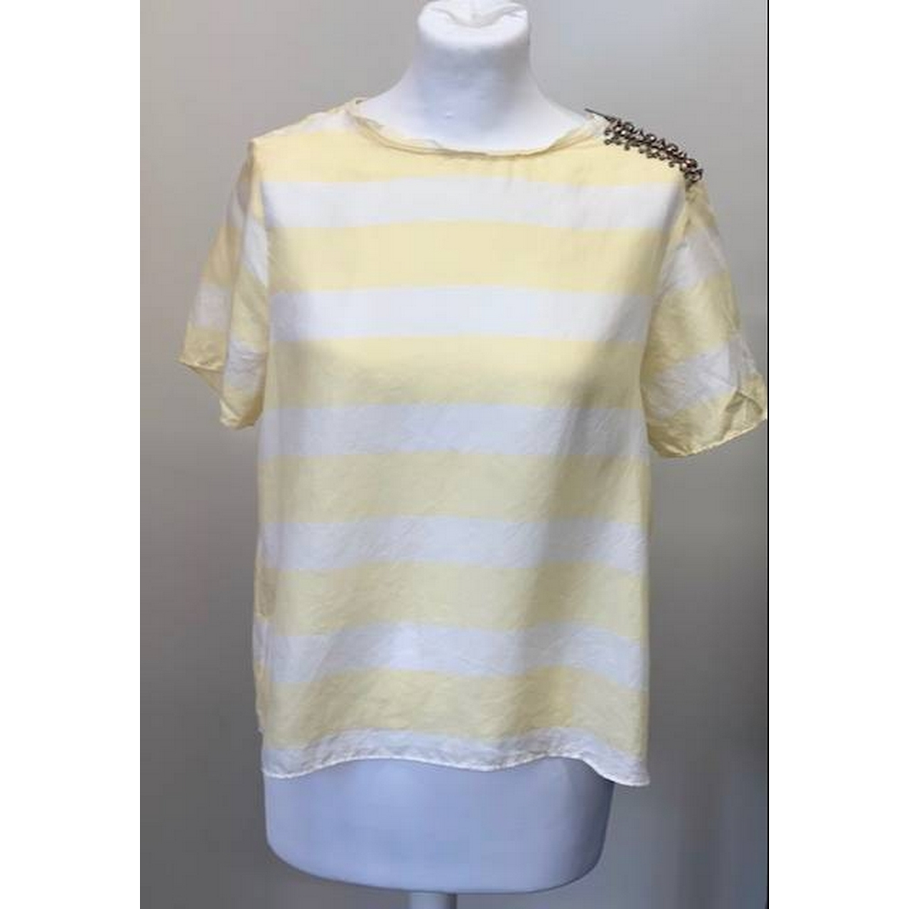 Preview of the first image of ALLSAINTS Top Yellow &White Size: 12.