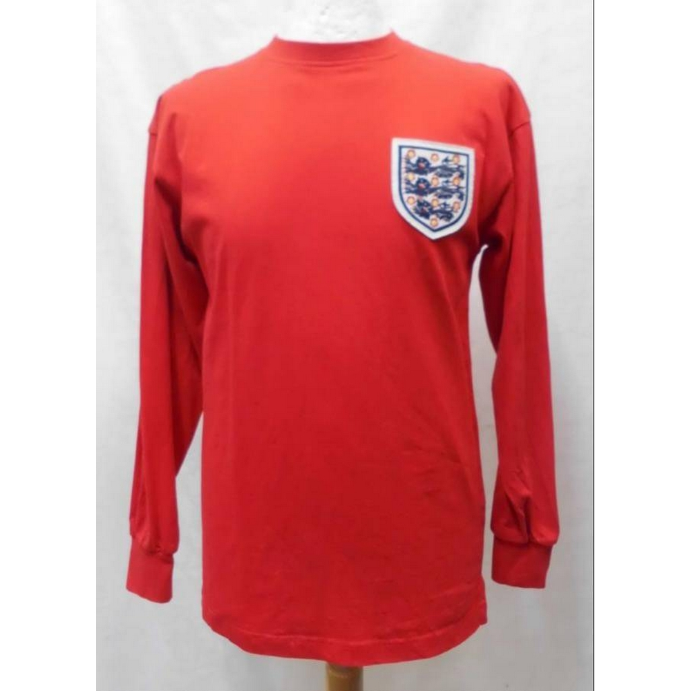 Preview of the first image of Score Draw Official Retro England 1966 World Cup Shirt Red Size: S.