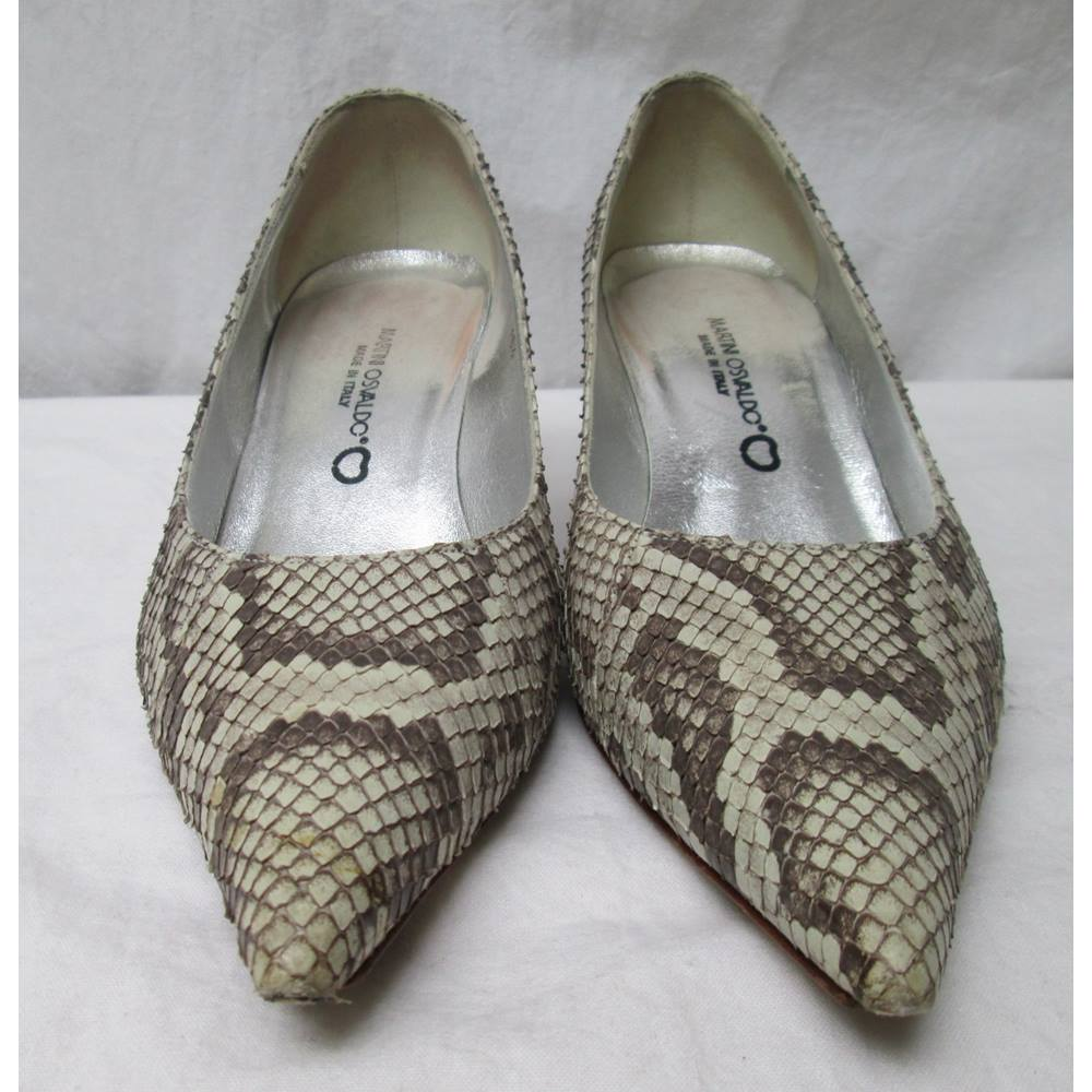 Preview of the first image of Martini Osvaldo  Snake-Skin Court Shoes Beige Mix Size: 4.