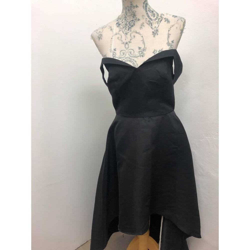 Preview of the first image of Chi Chi London dress black Size: 12.