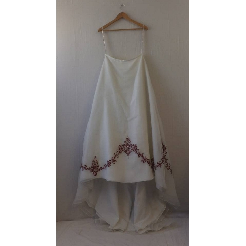 Preview of the first image of Ivory Two Piece Wedding Dress with Red Detail, by Veromia, Size 14.